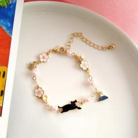 One Piece of Lovely Cat with Mount FUJI Bracelet A002