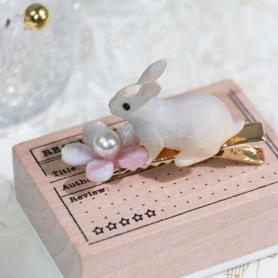 ONE PIECE OF RABBIT HAIR CLIP DC030