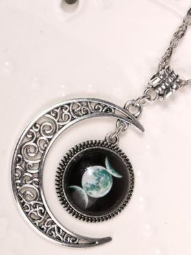 Crescent Moon Necklace A017